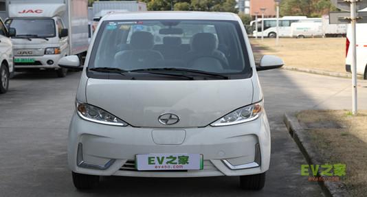 九龙EM3电动面包车