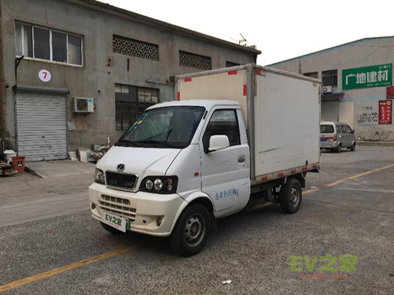 新能源电动厢式货车东风瑞驰EK05A 用租车的价格去买车